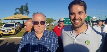 Presidente do Sindicar Moisés dos Santos prestigia a inauguração da RS 142